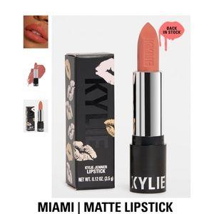NWT Kylie Cosmetics Matte Lipstick
